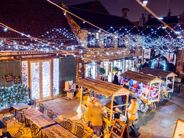 Yards Market Christmas in Kettering Events #ChristmasinKettering Lights Xmas James Acaster