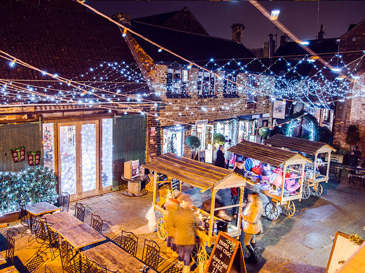 Christmas in Kettering Events #ChristmasinKettering Xmas Market Yards